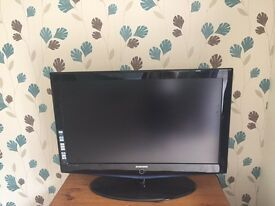 Samsung LE40R73BD 40'' HD Ready Digital Freeview LCD TV