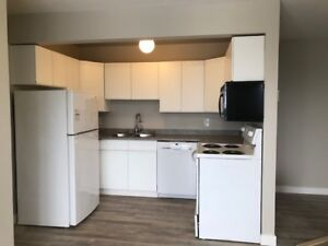 2 Bedroom Apt on Upper Red River Rd! Close to many amenities!