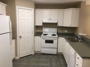 Kimble Gardens *2 Bedroom* TOWNHOUSE *Jan 1st*