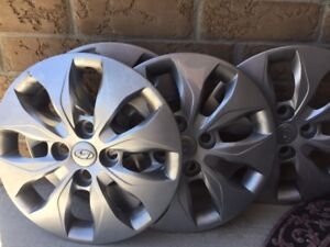 BRAND NEW HYUNDAI ACCENT  FACTORY OEM WHEEL COVER SET