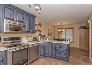 Great Condo in a Great location Open House today June 18 11-1