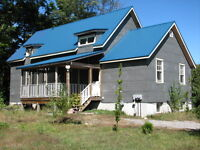 15 minutes from Parry Sound - Front duplex unit