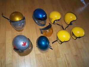 Plusieurs casque VINTAGE  vtt, motoneige, véhicule tout terrain