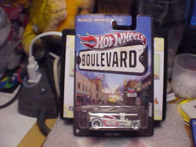 Hot Wheels Boulevard Fangula with Real Riders