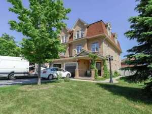 3 Bed / 3 Bath Semi Detached Home In Churchill Meadows