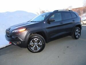 2015 Jeep CHEROKEE Trailhawk V6 (ONLY 20000 KM, HEATED/COOLED LE