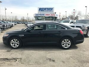 2010 Ford Taurus AWD LOADED!
