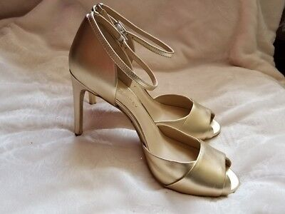 Shoes of Prey - Women's Open Toe Gold Heels- size 8.5W - NEW - (offers accepted) for sale  Shipping to India
