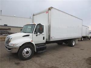 2008 STRAIGHT TRUCK WITH 24 FT DRY VAN BODY