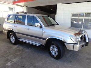 2000 Toyota Landcruiser FZJ105R GXL (4x4) Silver 4 Speed Automatic 4x4 Wagon Sylvania Sutherland Area Preview