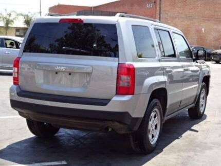 JEEP PATRIOT DIESEL FOR WRECKING JEEP PATRIOT PARTS CALL NOW