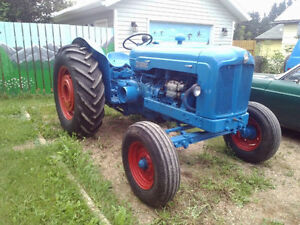 FORDSON MAJOR 3 PH DIESEL TRACTOR