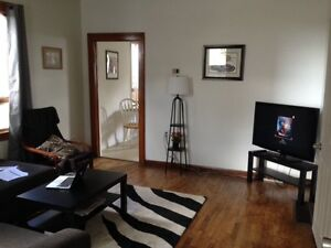 $500 inclusive Feb 1 Awesome house close to DT PA & LU