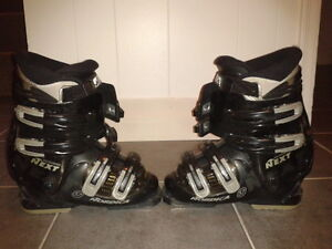 Women Nordica Size 6 boot