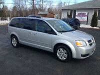 "2009 DODGE GRAND CARAVAN ""STOW N GO SEATING"""