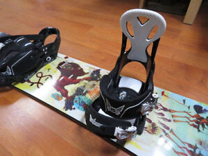 Burton White collection 128 quality snowboard West Island Greater Montréal image 3