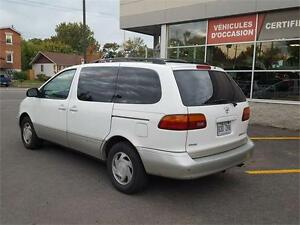 1999 Toyota Sienna LE CUIR TOIT MAGS West Island Greater Montréal image 11