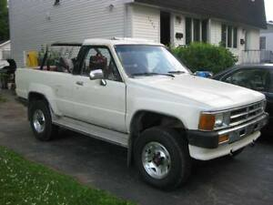 TOYOTA 4RUNNER CONVERTIBLE A VENDRE 2500 NEGO