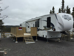 2012 Sandpiper 41 ft 5th wheel travel traler already in NFLD