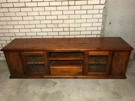 Entertainment Dining Cabinets Solid Timber