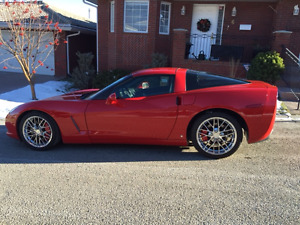 2007 Chevrolet Corvette Z51 Coupe (2 door)