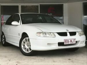 2001 Holden Commodore VX II Lumina White 4 Speed Automatic Sedan