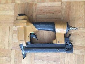 """Bostitch 1/2""""-1 1/2"""" crown 18 gauge Staples  Gun"""
