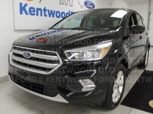 2017 Ford Escape SE 4WD ecoboost, heated seats, keyless entry an