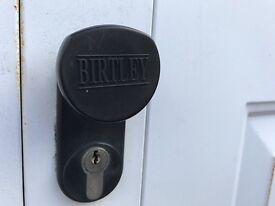 Double garage door----free