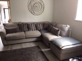 Corner settee/sofa suite