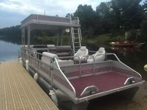 ***SOLD*** DOUBLE DECKER! 27' PRINCECRAFT 2 STORY PONTOON! Peterborough Peterborough Area image 3