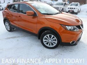 2018 Nissan Qashqai SV AWD! MOONROOF! BSM! HEATED SEATS! ALLOYS!