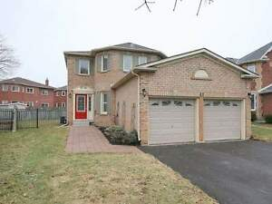 Nice 4BR House in Buttonville for Rent - Available in Sep 2017