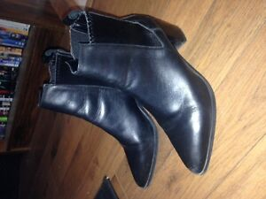 Zara Women's Leather Ankle Boots