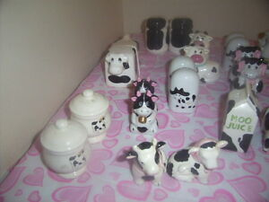 cows salt and pepper shakers. Kingston Kingston Area image 5