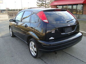 2007 FORD FOCUS SES HATCHBACK SNOW TIRES''GST INCLUDED'''' West Island Greater Montréal image 9