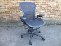 Herman Miller Aeron chair size B graphite/black fully refurbished