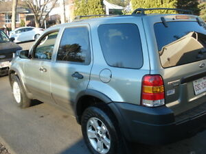 2005 Ford Escape SUV, Crossover xlt low km