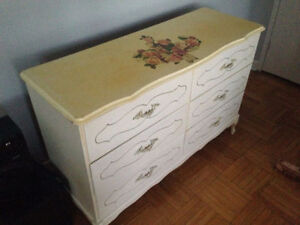 Small dresser (six-drawers) with a lot of character