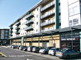 Large furnished 2 Bedroom to rent in Parkhouse Court Hatfield AL10