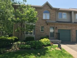 2 Bedroom Condo/apt in desirable Roseland Green in S. Burlington