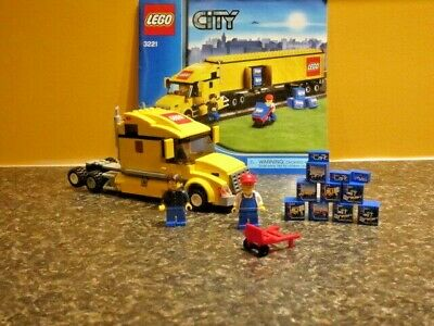 LEGO #3221 City Truck (No Trailer).  Includes Minifigs, manual, and Blue Boxes!!