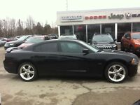 2011 Dodge Charger R/T **SWEET CAR.. LOW KM**