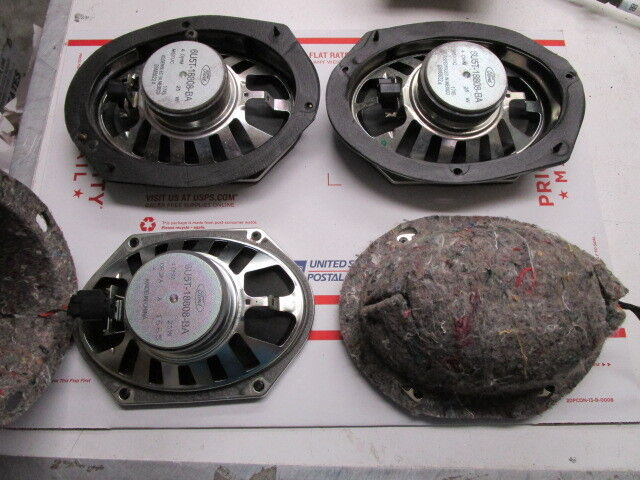 2006 Mercury Grand Marquis Front & Back Speakers
