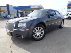 2008 Chrysler 300 Limited, LOW KM! NO ACCIDENTS! 416-742-5464