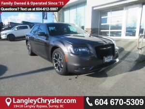 2015 Chrysler 300 S <B>*AWD*PANO SUNROOF*NAVIGATION*LEATHER*<b>