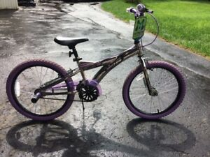 New Girls Bike with pegs, 20 inch