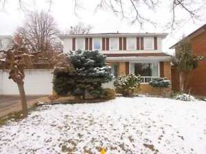 (Nearly 2000 Sq Ft+1000 Sq Ft Bsmt) 4Br 4Ba Detached