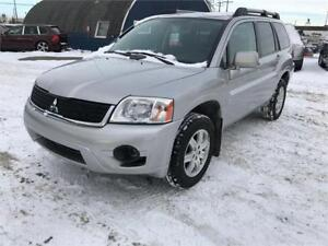 2011 Mitsubishi Endeavor LS AWD * WARRANTY/ FINANCING AVAILABLE*