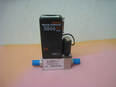 Brooks MFC 5866 RT series Pressure Controller 5866RB1A1G4M2NA, Helium, 300 SCCM